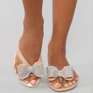 Fashion Nova nude rhinestone bow sandal sz 7.5